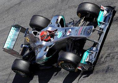 Schumacher a W02-essel kapcsolatban érmes reményeket táplál