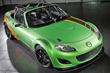 A brit tartóssági versenysorozatban indul majd a Mazda MX-5 GT versenyautó