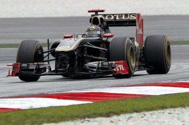 A Renault ismét bezsebelte a bronzot, ám Petrov helyett ezúttal Heidfeld brillírozott