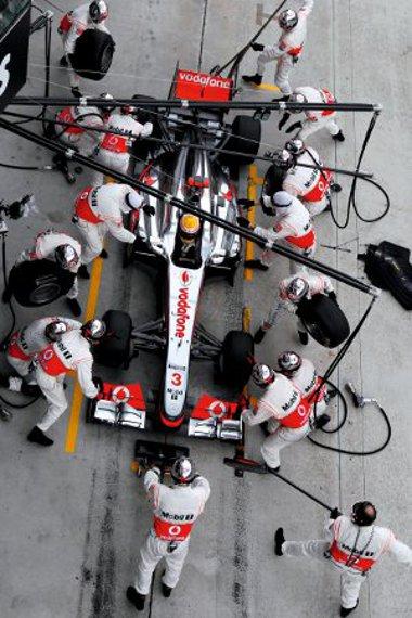 A McLarennél elgumizták magukat, Hamilton a végére kifogyott a lágyakból
