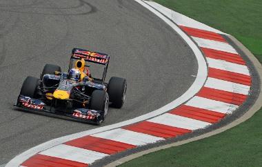 Sokáig nyerésre állt, de végül ezüstérmes lett Sebastian Vettel