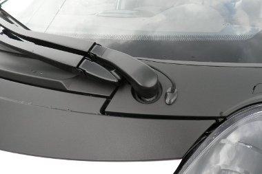Sérüléseket okozhat gyalogosgázolásnál a nem süllyesztett ablaktörlő-tengely