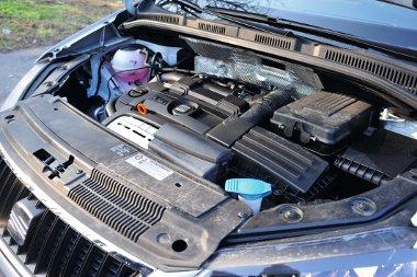 A kisebb lökettérfogat ellenére a TSI volt az iszákosabb motor