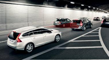 Nem helyettesítik a sofőrt az elektronikus fékező rendszerek, de nagyban megkönnyítik a dolgát