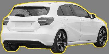 Hasonlítanak a DS3 hátsó lámpáira a Mercedes A-osztály alkatrészei, de a fényezett C oszlop miatt nehéz összekeverni a két autót