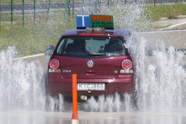 Szükség volt a gyakorlásra, nem mindig sikerült elkerülni a vízfalat