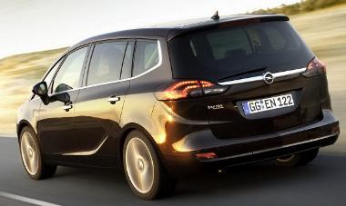 Feláras lesz a LED-es hátsó lámpa az Opel Zafira Tourer esetén