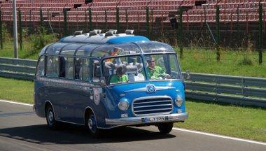 Július 9-én 13 órakor ér a Donau Masters mezőnye a Hungaroringre, onnan 16 órakor indulnak a belvárosba