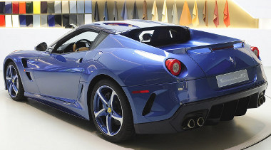 Egyedi autót rendelt magának egy new yorki Ferrari gyűjtő, abból az alkalomból, hogy 45 évvel ezelőtt vásárolta első új Ferrariját