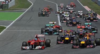 Alonso fantasztikusat rajtolt, de csodára nem volt képes - az élmenők lekörözték