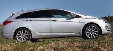A Sonatához képest 109 százalékkal javult a karosszéria torziós merevsége, így a Passatot és az Avensist is felülmúlja