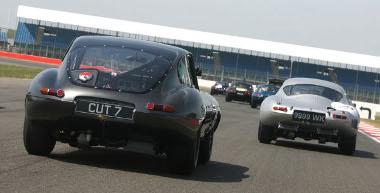 Több mint hétszáz utcai- és több mint hatvan verseny Jaguar E-Type vesz majd részt a Silverstone Classic-on