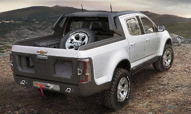 Rendes platóajtót kap majd a sorozatgyártású Chevrolet Colorado