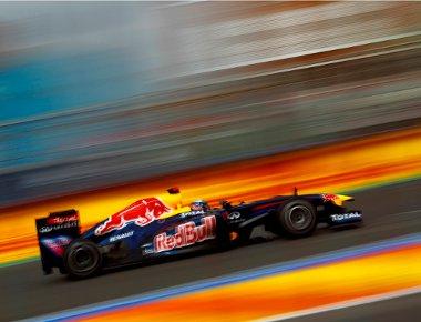 Nem sok hatással volt a szabályváltozás a Red Bullok teljesímtényére. A McLaren és a Ferrari azonban helyet cserélt