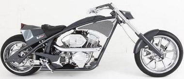 Paul Teutul Sr. choppert készített - néhány autós utalással