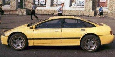 Egy Opel Commodore C-ből hozta ezt össze az orosz ezermester - összetörték a hátulját