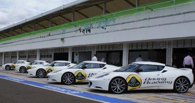 Világszerte négy helyen tartanak Lotus Driving Academy képzéseket, közülük az egyik a Hungaroring