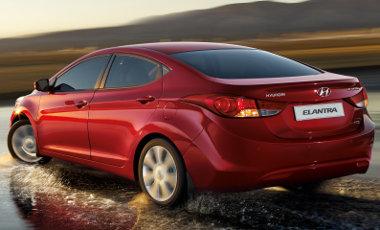 4,54 millióról indul az új Hyundai Elantra - gazdag felszereltséggel, 132 lóerős motorral