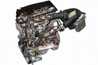 Az 1,6 literes benzines turbómotort  németek készítették, az 1,8-as dízel is az övék - a 2,1-est vették vissza