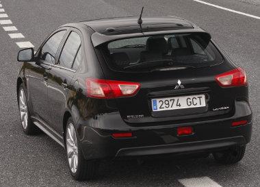 A saját, 1,8-as dízel mellett az 1,6-os alapmotor új a Mitsubishi Lancerben