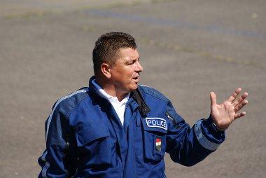 Horváth Miklós, az öt hazai motorosrendőr-oktató egyike osztotta meg tudását a jelen lévőkkel