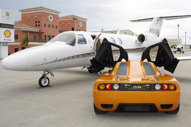Erősen hasonlít a McLaren F1-re a DDR Miami GT, de ez csak kétszemélyes, és húszezer dollár az ára. Összerakás nélkül