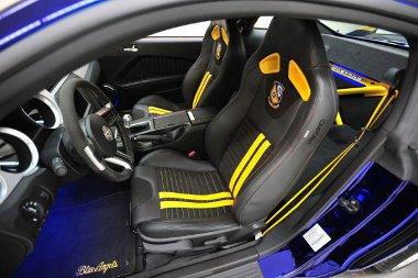 Jótékonysági célra árverezik majd el a 624 lóerős egyedi Ford Mustang Blue Angels-t