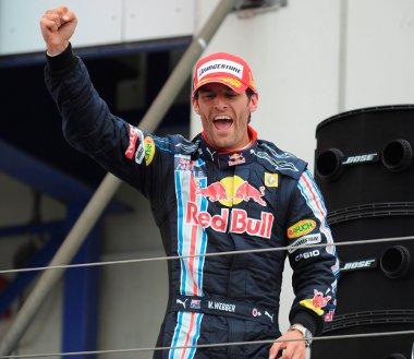 Vajon Webber csúcsdformája megmarad a Nürburgringre is, és meg tudja majd előzni Vettelt?