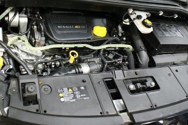 Autóba építve kevésbé látványos az 1.6 dCi
