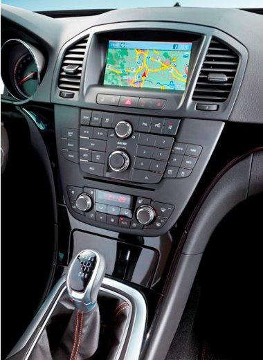 Két új navigációt is készítettek a középkategóriás Opel számára