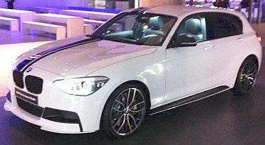 Matrica, spoiler, lökhárító és felnik teszik különlegessé a BMW 1-est