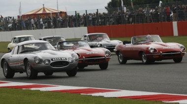 A találkozón több mint ezer Jaguar E-Type vett részt
