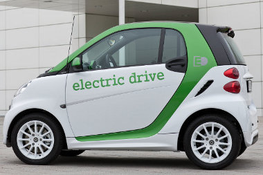 Erősebb elektromotor, európai akkumulátor - gyorsabb és nagyobb hatótávolságú lett az elektromos Smart