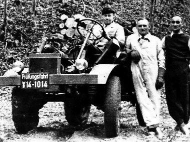 Albert Friedrich és csapata 1946-ban, az első próbaúton