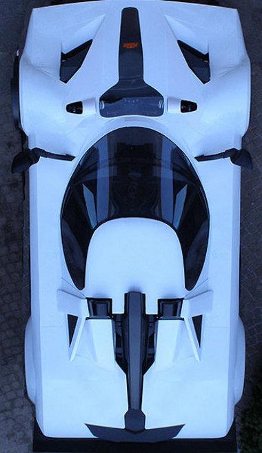 Stratos-utánérzés KTM X-Bow alapon - a hiányzó A oszlop miatt válaszották az osztrák sportkocsit