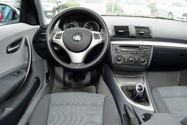 Prémiumminőség BMW módra. A puritán belső nem túl érzelemgazdag