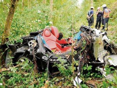 Repülőgép-szerencsétlenséghez hasonlították a tűzoltók a baleset helyszínét