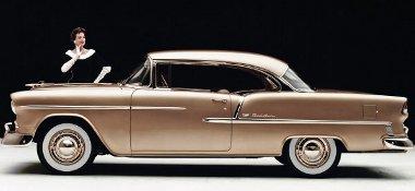 Nem véletlen, hogy sokan az 50-es éveket tartják az amerikai autógyártás hőskorának. Az 1955-ös Bel Air felejthetetlen modell