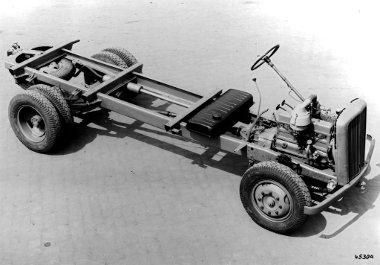 Jobb volt a Mercedes konstrukciónál az Opel 4 tonnás teherautó, a Daimler ennek alapján készítette el az utódot
