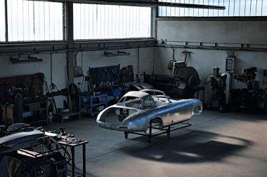 A Mercedes-Bnez Classic Center végezte a felújítást