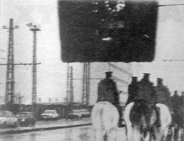 """A """"száguldó"""" lovasok (Fenyvesi László fev.)"""