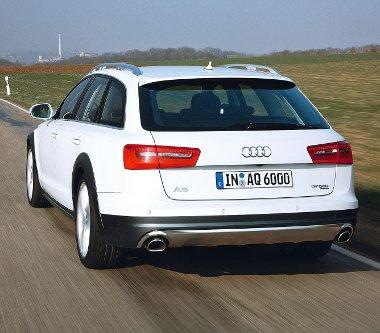 Fékezett utánfutóból 2,5, fékezetlenből 0,75 tonnással birkózik meg az Audi