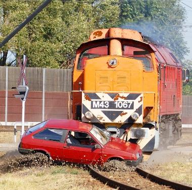 Egy átkötőkábel elszakadt, egyébként nem esett kár vasúti eszközben