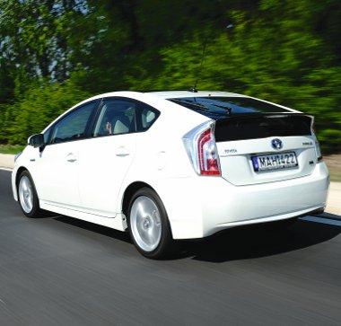 A kínai piacos stílusú hátsó lámpa nem válik a frissített Prius előnyére