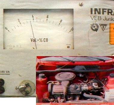 Gázadásnál erős lendületet vett a CO-mérő mutatója, s végül a hármas fokozatjel mellett állapodott meg. Ha eltekintünk az olajfogyástól, nem okozott csalódást a 125 ezer kilométert futott motor sem