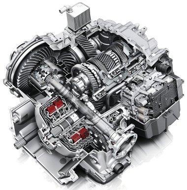 A hatfokozatú, nyitott kuliszszás kézi váltónál 1,3 millióval drágább a duplakuplungos S tronic automata. A motor mögé beépített váltó csupán 60 cm hosszú
