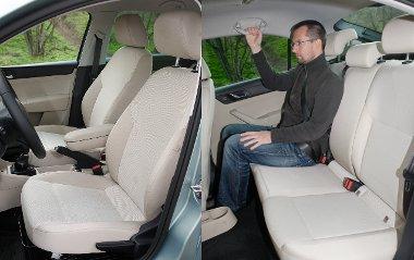 Egyszerű formázású ülések vékony párnázással és rövid ülőlappal. A lábhely grandiózus, a váll- és fejtér már kevésbé