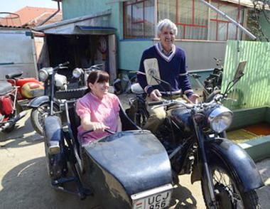 Ezzel az oldalkocsis Java motorral az egész országot bejárta a házaspár. Fotó: Mészáros János