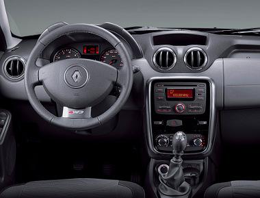 Ez a Renault Duster jelenlegi műszerfala, ezt kaphatja meg a Dacia is