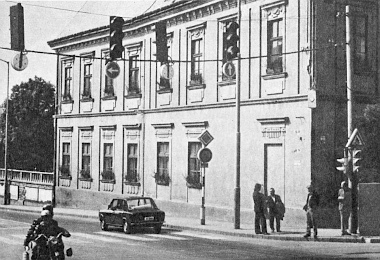 Korszerű, sávonkénti lámpairányítás Veszprémben